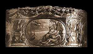 Табакерка XVIII века